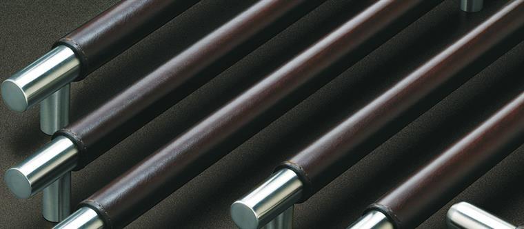bavoi-Leather-English Bridle Leather-Bridle Leather Group large