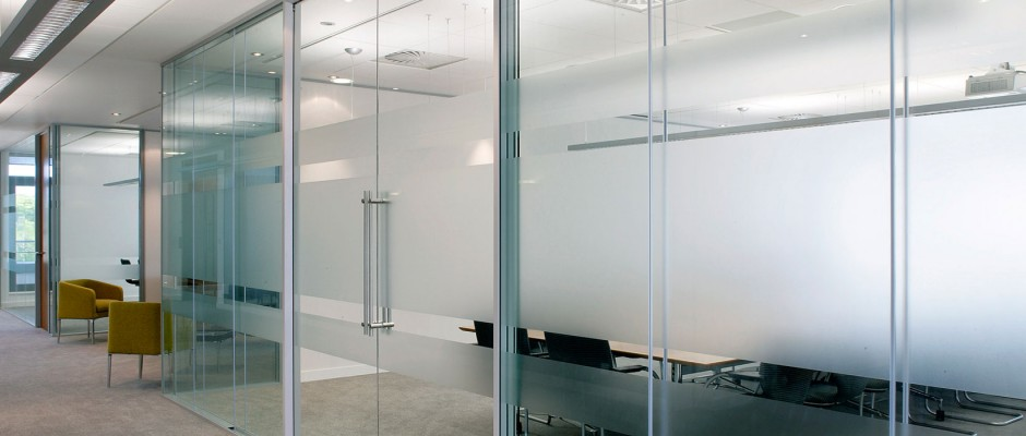 Glass office wall solution supplier